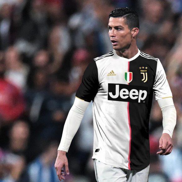 anh Ronaldo va ao thi dau mua giai 2019 2020