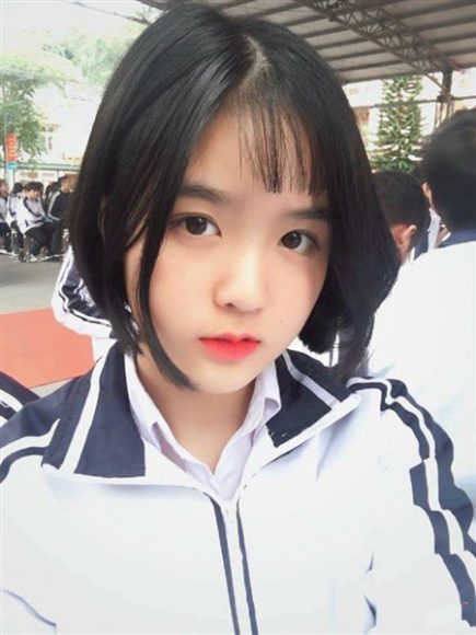 hot girl hoc sinh toc ngan cute