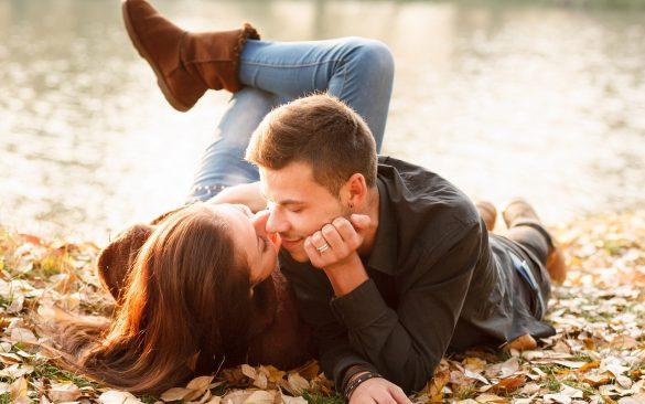 ảnh nụ hôn lãng mạn