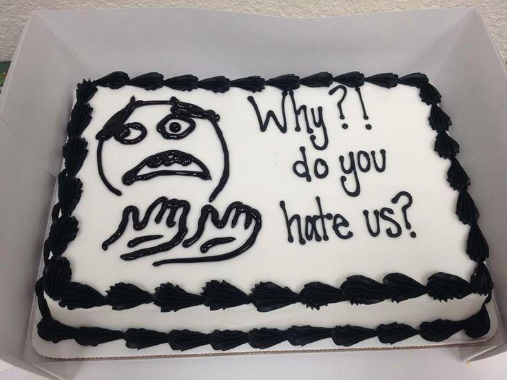 hình ảnh bánh sinh nhật vẽ hồn ma siêu lầy lội