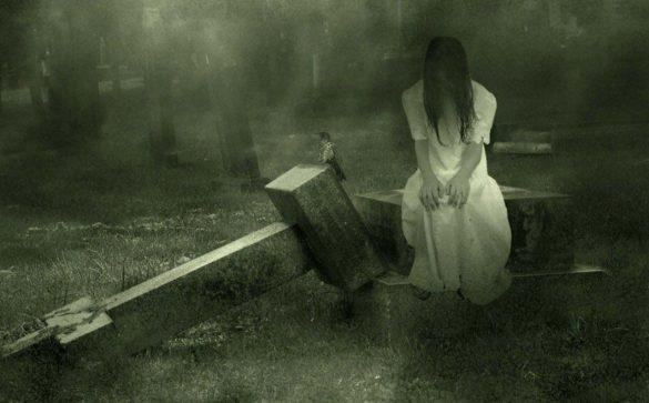 hình ảnh ma có thật ngồi ở nghĩa địa