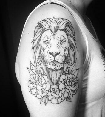mẫu hình xăm sư tử và hoa hồng bằng các nét vẽ đơn giản