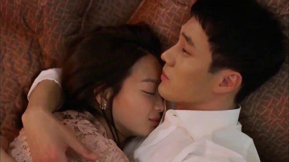 những hình ảnh ôm nhau nhau ngủ