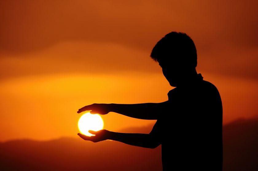 ảnh chụp bóng nghệ thuật với Mặt Trời