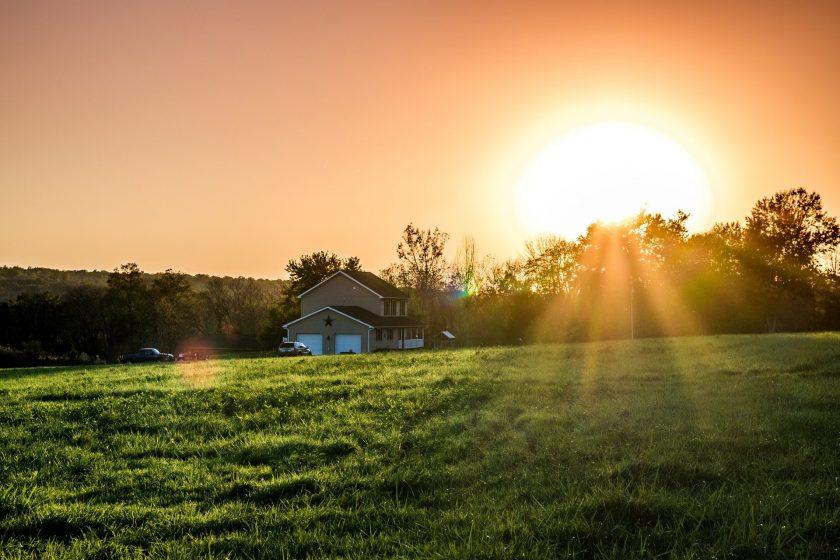 Hình ảnh Mặt Trời mọc trên núi