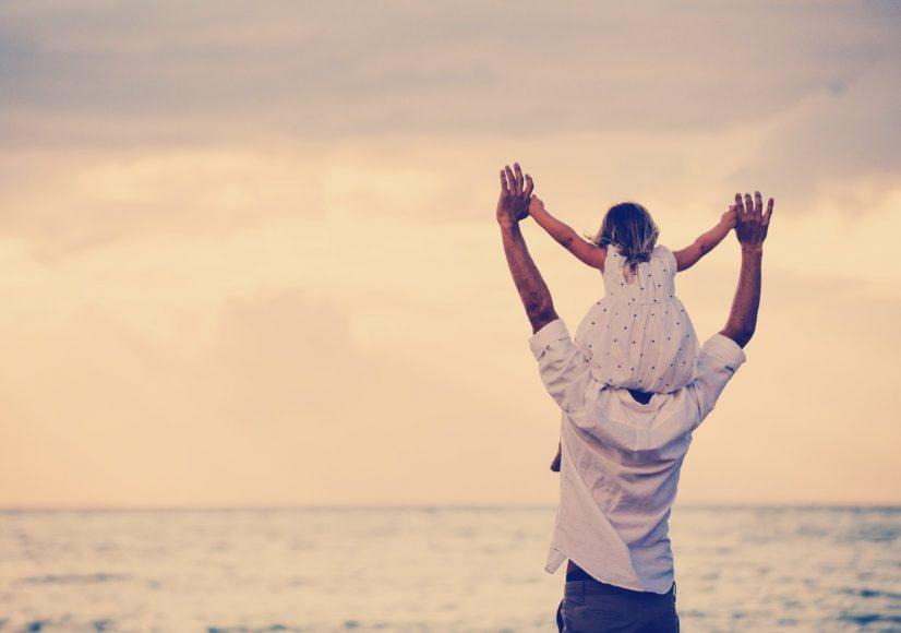 hinh anh nguoi cha va con gai Hình ảnh về cha và con tình cảm xúc động nhất