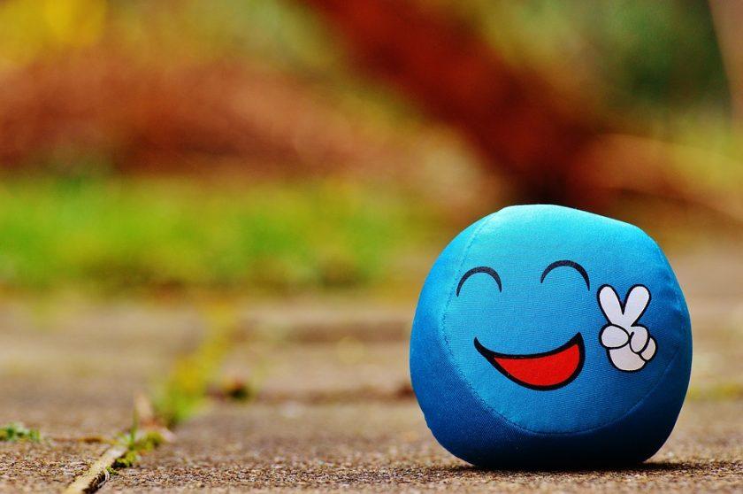ảnh mặt cười màu xanh vui vẻ