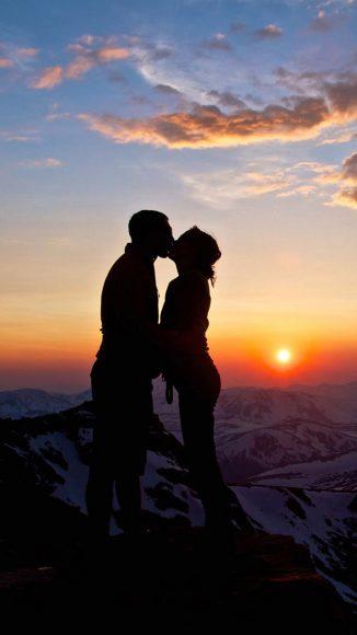 ảnh nền hôn nhau lãng mạn cho điện thoại