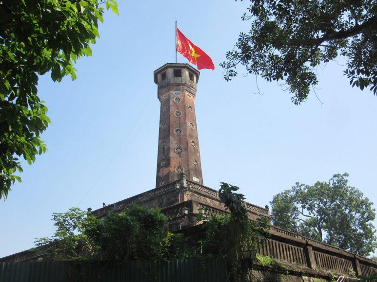 hình ảnh cột cờ hà nội