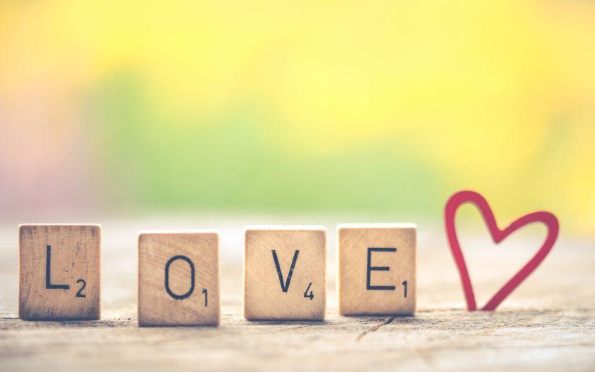 hình nền chữ love tình yêu lãng mạn Full HD đẹp nhất