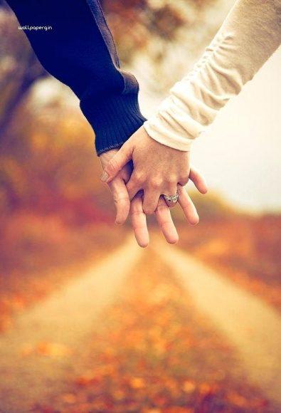 hình nền nắm tay nhau tình yêu