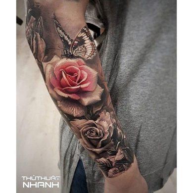 hình xăm hoa hồng ở cánh tay nam