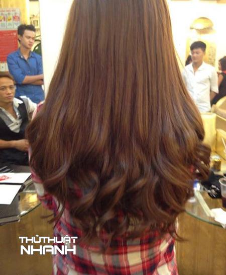tóc xoăn đuôi dài