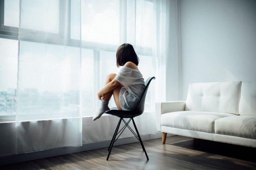 ảnh cô đơn đẹp chất cho nữ