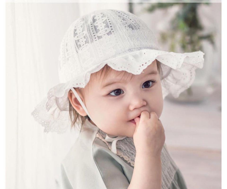 bé gái baby dễ thương