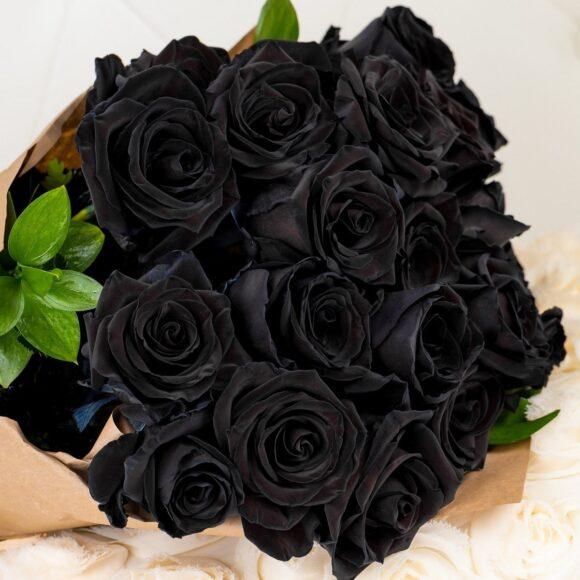 Hình ảnh bó hoa hồng đen