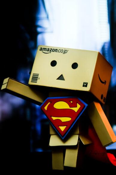 ảnh người gỗ làm siêu anh hùng