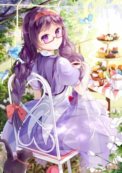 Hình ảnh anime girl đeo kính váy tím cute