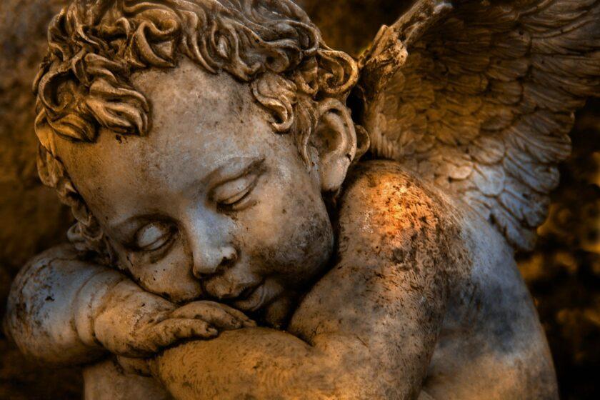 hình ảnh buồn ngủ của thiên sứ