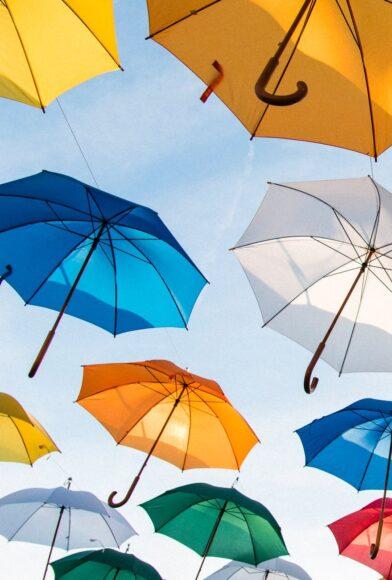 hình ảnh mùa hè và những chiếc dù