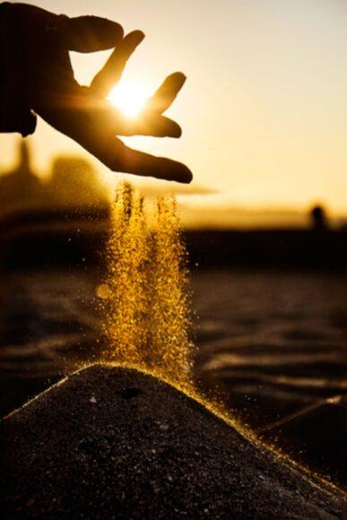 hình ảnh mùa hè và những hạt cát
