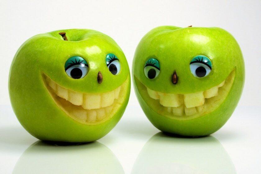 hình ảnh quả táo hài hước