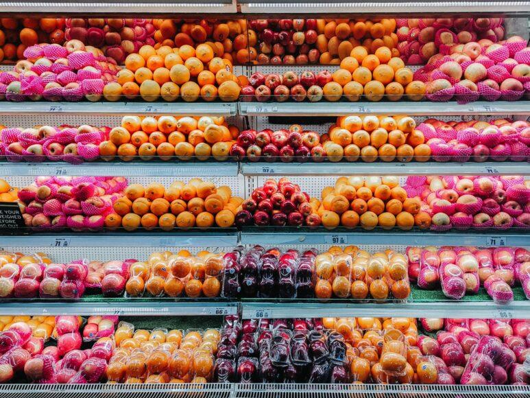 hình ảnh quả táo trong siêu thị