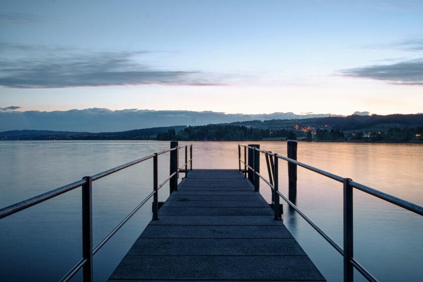 hình nền thiên nhiên trên hồ buổi chiều thu
