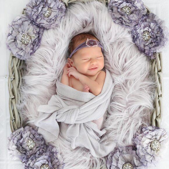 hình ảnh em bé sơ sinh dễ thương đẹp