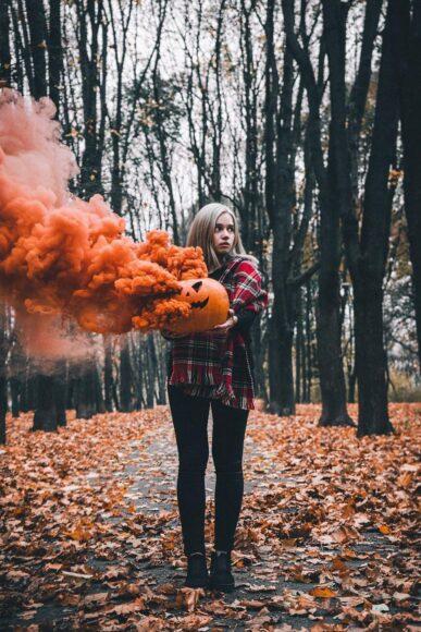 Hình ảnh khói cam mơ màng cho halloween