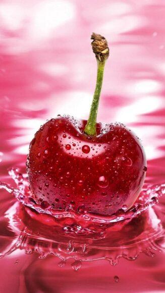 Hình ảnh quả cherry tuyệt đẹp trên nước