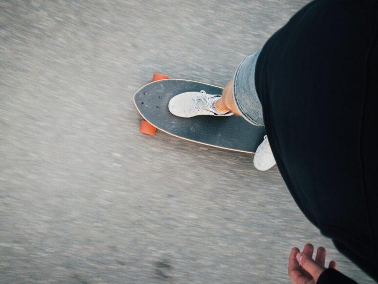 ảnh người tập luyện trượt ván chăm chỉ truyền cảm hứng và động lực