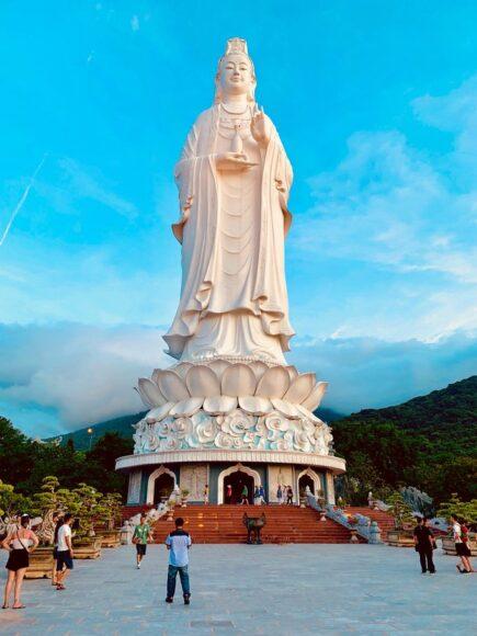 ảnh tượng phật cao lớn ở Đà Nẵng