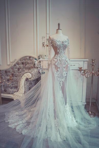 hình ảnh váy cưới hoàng gia sang trọng