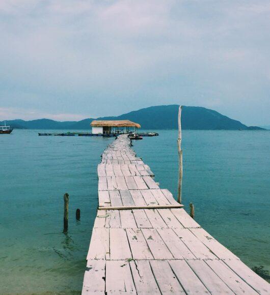 ảnh nha trang cầu gỗ dẫn ra biển đẹp nhất
