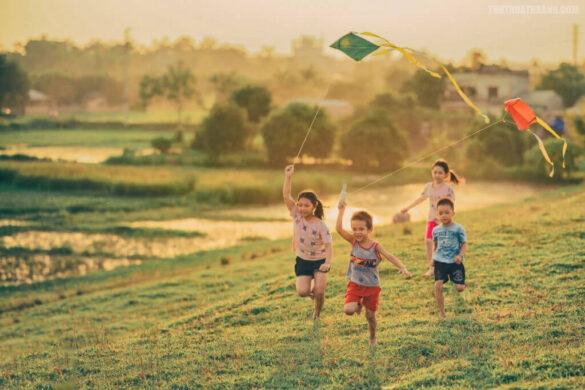 hình ảnh tuổi thơ đẹp giản dị